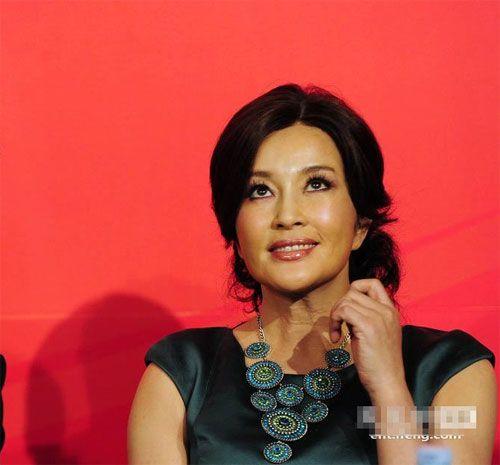 61 Year Old Chinese Actress Liu Xiaoqing As Young As 30 03