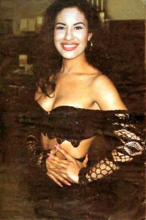 Selena Quintanilla Perez                                                       …