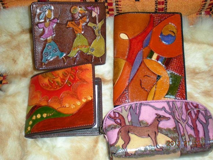 My works /purses (sold)我的皮雕作品/零錢包(中size)-2 by Chu lan  https://plus.google.com/photos/104284147083036206985/albums/5836278502953265073
