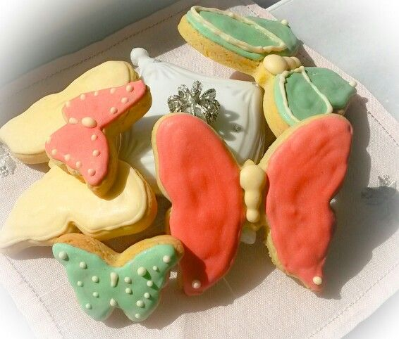 Butterfly cookies for the first day of spring!