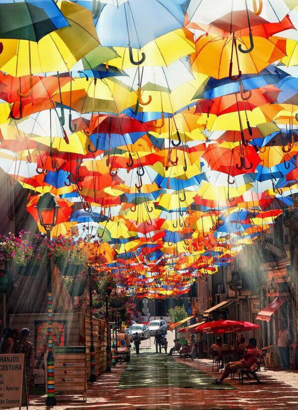 17 Best images about Umbrellas on Pinterest | Red umbrella ...