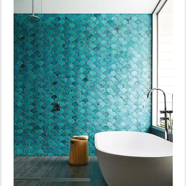 A little bit obsessed with these amazing mermaid tiles in the most heavenly teal/turquoise palette. (Pic via Pinterest) #bathroom #dreambathroom http://ift.tt/2rjIhcG