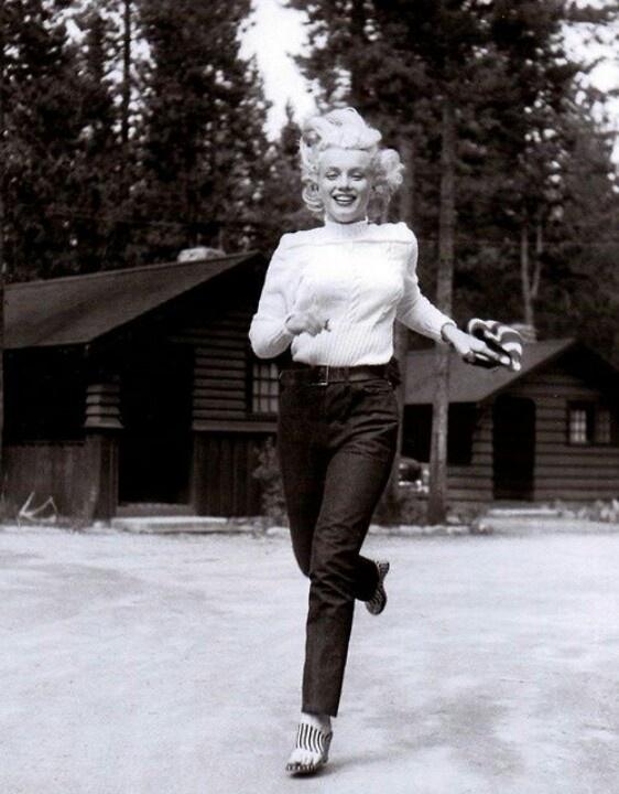 Marilyn Monroe at the Canadian Rockies, 1953