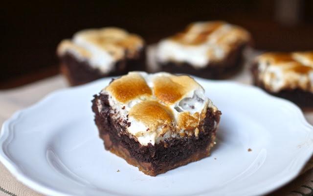 Yammie's Noshery: S'more BrowniesChocolates Peanut Butter, Sweets Treats, Yammie'S Noshery, S More Brownies, Brownies Desserts, Bar, 27 Food, Smores Brownies, Yammies Noshery