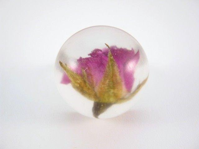 Flower of Rose preserved in resin. http://en.dawanda.com/product/46510438-Grossen-Ring---Rose