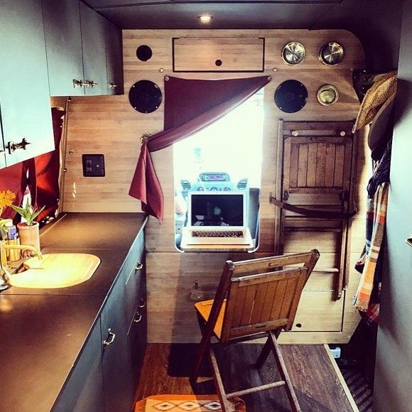 "755 Likes, 12 Comments - Elizabeth aka @van_grrrl (@van.crush) on Instagram: ""Nice work place set up 🚐💻✌️ Repost from @juliusthevan  #VanCrush"""