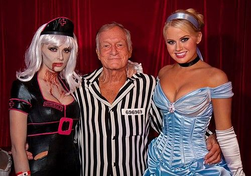 Playboy Mansion's Kandy Halloween Party. This party has to be one of the most expensive Halloween parties! vivomasks.com