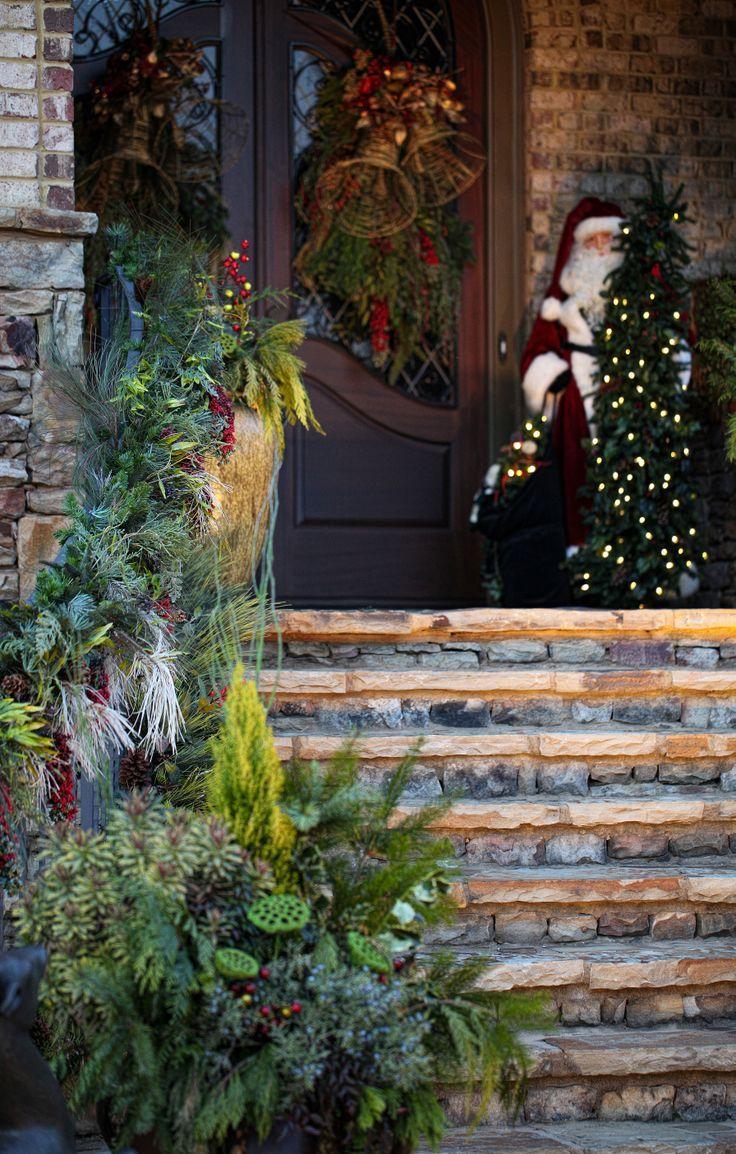 50 Stunning Christmas Porch Ideas