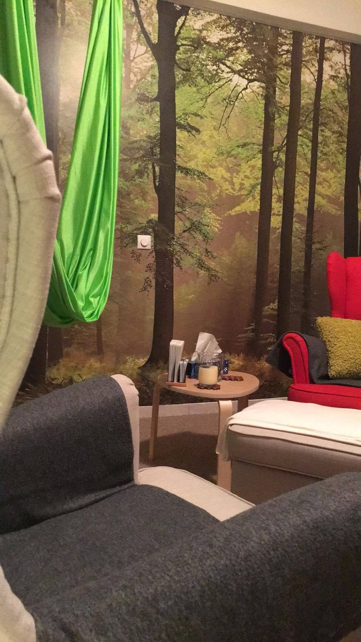 @mkmelian Physical Therapy Studio with my Feng Shui Interiors ❤ #fengshui #decoration #forest #wallmural #zenliving #wellbeing #elenaarsenoglou #beyonddecoration
