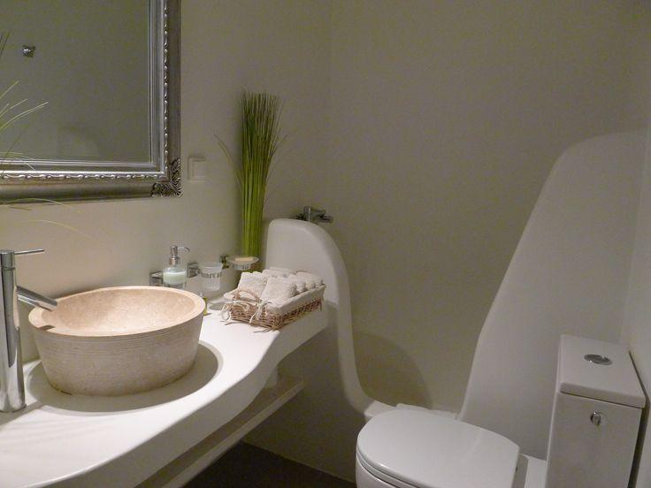 Typical bathroom at Villa Agrari