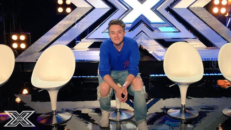 Roman Kemp looks happy enough, but who will be smiling after tomorrow's #SixChairChallenge? Find out Saturday at 8pm on ITV. #XFactor