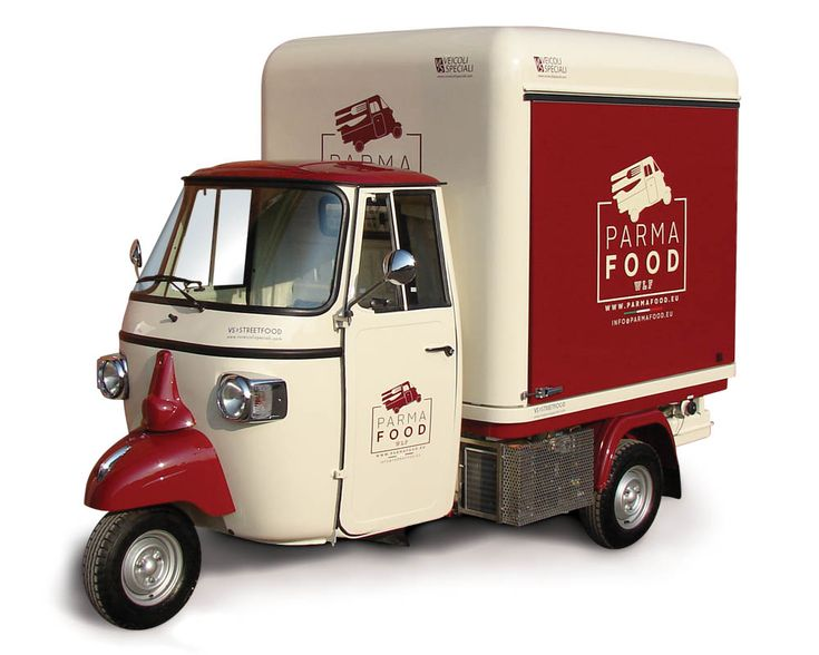 Food truck made in Italy set in Germany. Ape Car fitted out to sell groceries, cold cuts and wine from Parma. See the pictures, ask for a free price quote
