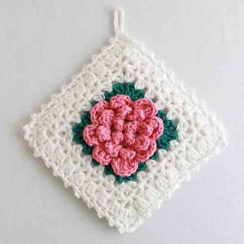 Here are some crochet projects with roses:Newsletter Free Patterns : Maggie Weldon, Free Crochet Patterns