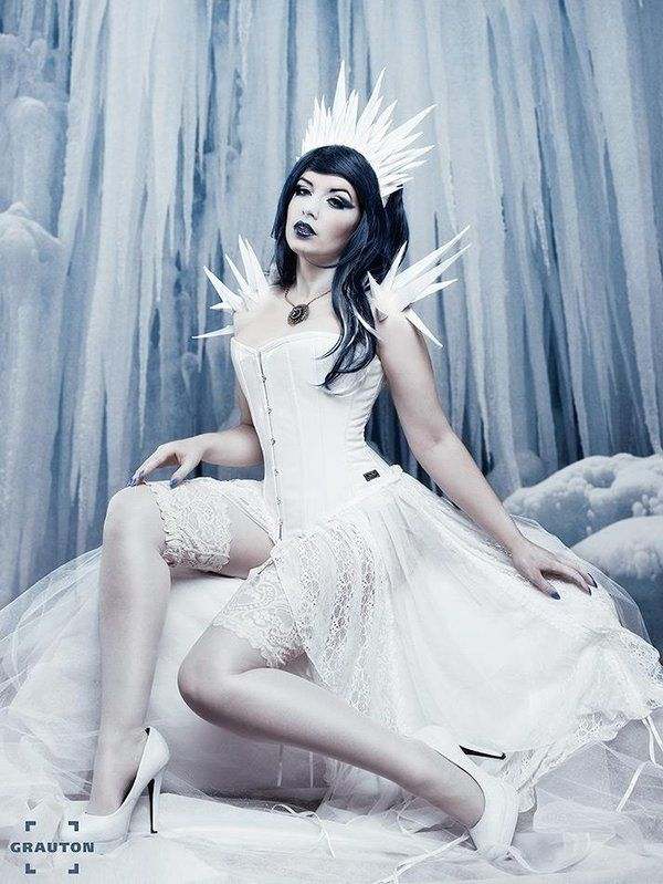 Ice Queen by la-esmeralda.deviantart.com on @deviantART