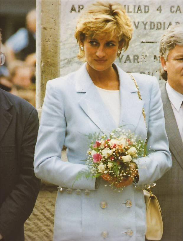 November 25, 1995: Princess Diana during her visit to Patagonia, Argentina.  Uncredited Image.