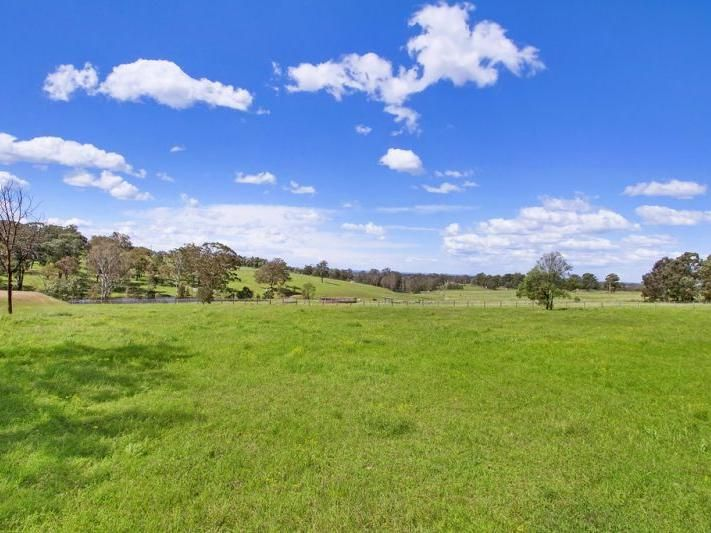 null, Grose Wold 42 acres $1.180M