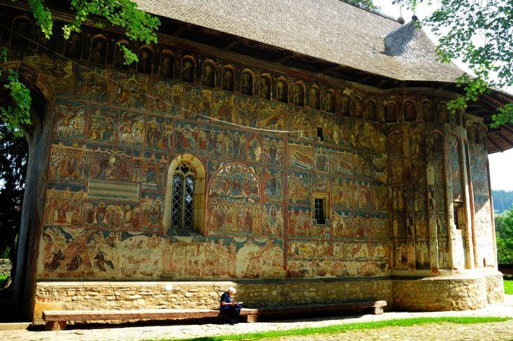 Bucovina's Painted Churches | Humor 1530