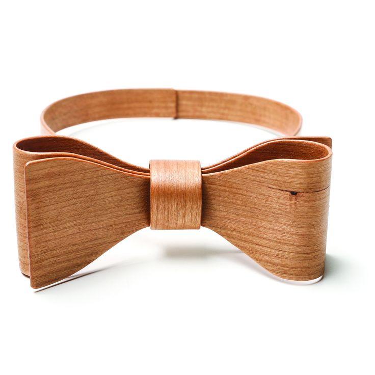 Wooden Bow Tie | Hring Eftir Hring | Wolf & Badger