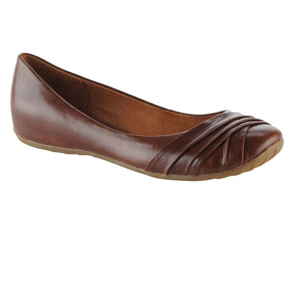 Flat. Material: Leather. Sole: Rubber. You can wear these ballerinas anywhere, anytime with any of your favorite casual ensembles. Ballet flat with pleated det…