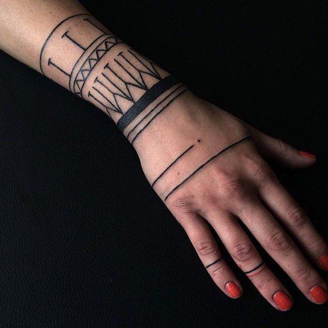 Dnesni #freehand #handpoke tattoo © Duhovka @duhovka Czech Republic • cieleckabara@gmail.com