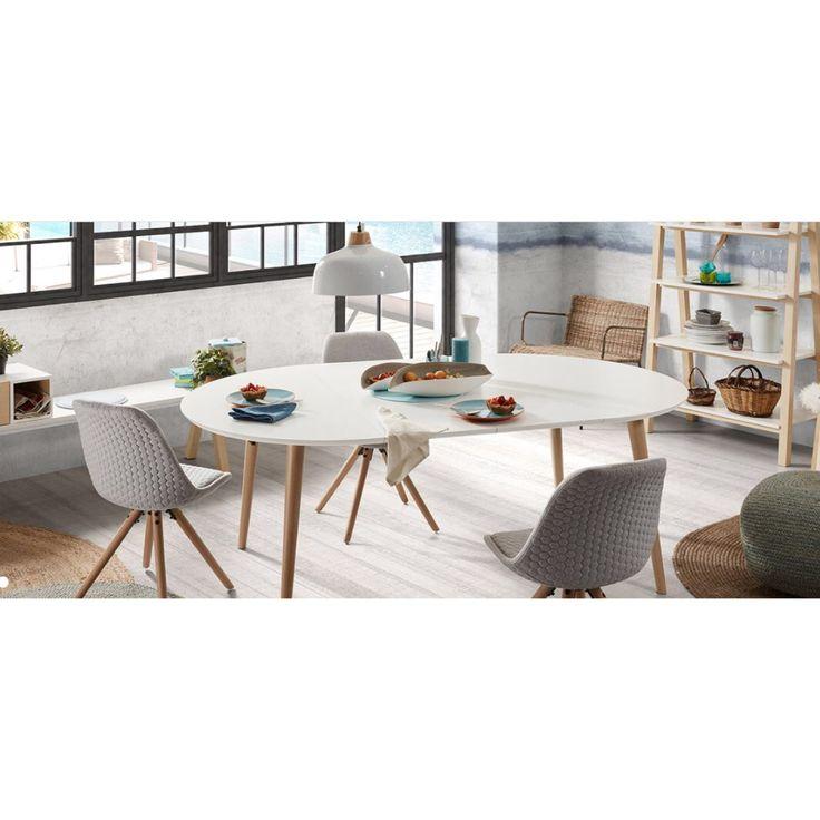 Spisebord modell OAKLAND stoler modell LARS❄️ Du finner produktene i nettbutikken😊 www.mirame.no  #spisestue #kjøkken #stue #gang #innredning #møbler #norskehjem #spisestue #mirame #pris  #interior #interiør #design #nordiskehjem #vakrehjem #nordiskdesign  #oslo #norge #norsk  #bilde #speilbilde #tre #metall #oakland #bestselger #lars