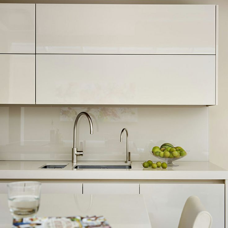 Composite worktop in a Roundhouse kitchen