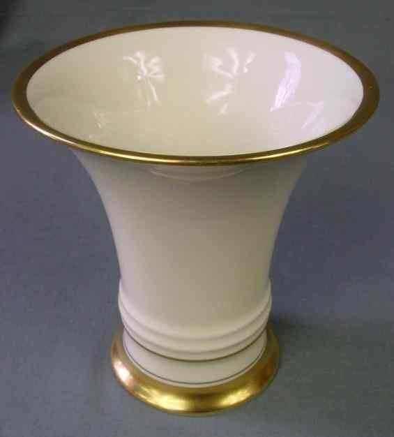 Rosenthal Selb Germany Form 242.2 14.2 cm high