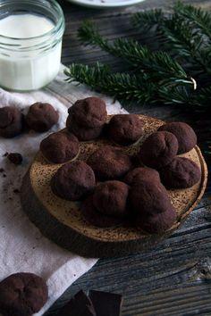Schokoladiges Plätzchenglück: Schoko Nougat Kugeln