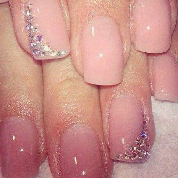 Nude nails with rinestones