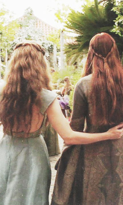 Margaery and Sansa by kripusha - I love it, they would definitely be best friends in real life!