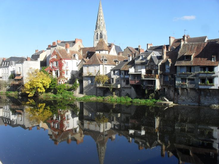A Typical French town: Argenton Sur Creuse in pictures
