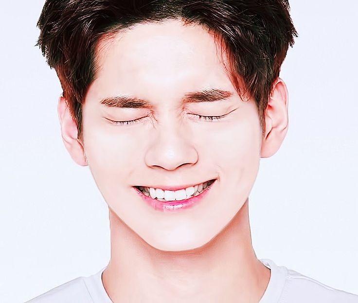 Ong Sungwoo too cute!