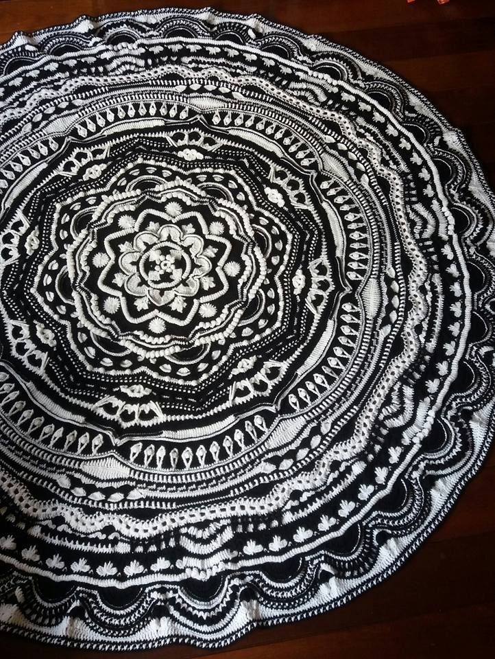 Squaring up the mandala... great tutorial and pattern!!                                                                                                                                                                                 More