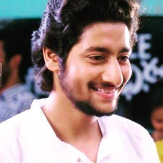 He look so handsome <3 Akash Thosar