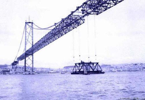 Lisboa, construção da Ponte 25 de Abril