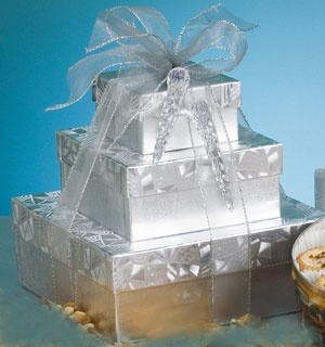 A great choice for a diamond (60th) or silver (25th) wedding anniversary. This tower comes filled with Sanders chocolates, caramel popcorn, buttery peanut crunch, mixed nuts and assorted gourmet almonds. $55 #silver #wedding #25th #anniversary #gift #basket #delivered