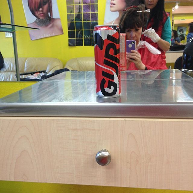 Trying out the guru natural energy drink from @socialnature while getting my hair straightened!