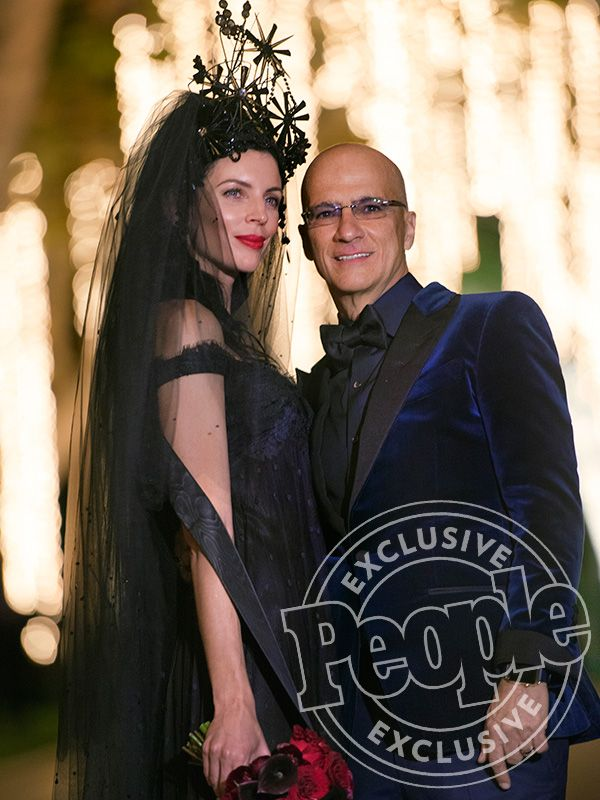 Model Liberty Ross Wears Vintage Black Wedding Gown and Huge Headpiece to Marry Jimmy Iovine (PHOTO) http://stylenews.peoplestylewatch.com/2016/02/18/liberty-ross-marries-jimmy-iovine-in-black-wedding-dress/