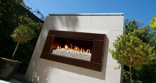 Escea EF5000 outdoor gas fireplace does not need a flue