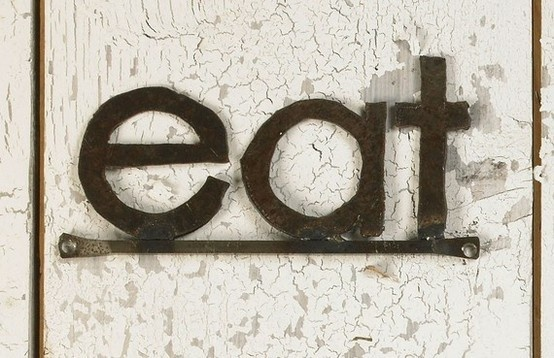 eat: Decor Wall, Kitchens Stuff, Recycled Farms, Eating Words Art, Eating Signs, Wall Signage, Farms Steel, Design Kitchens, Modern Kitchens