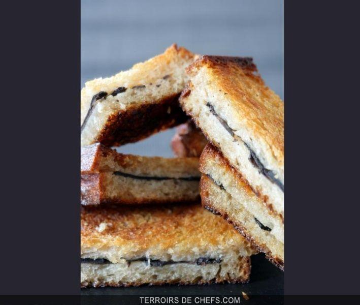 Sandwich tiède à la truffe fraîche de Richerenches et beurre salé La truffe noire en toute simplicité