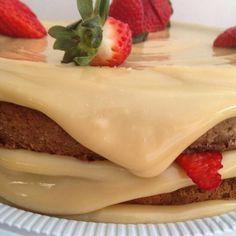 Recheio de Creme Belga da Isamara Amâncio, um creme que rende muito e vai dá um sabor a mais no seu bolo. Experimente essa delicia.