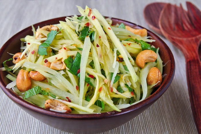 rachelcooksthai | Green Mango and Papaya Salad | ยำมะม่วงมะละกอ