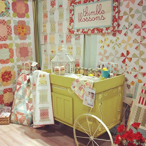 My spot by croskelley, via Flickr. I think the hopscotch design would well.: Quilts Shops, Thimbl Blossoms, Blossoms Booths, Antiques Booths, Booths Ideas, Quilts Marketing, Spools Quilts, Blossoms Quilts, Quilts Booths