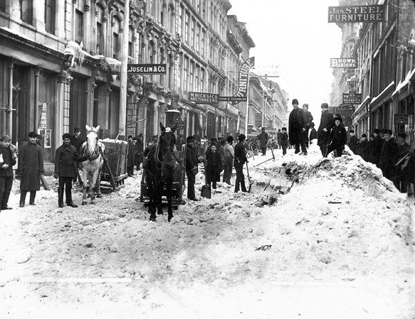 Clearing snow, Notre Dame Street in Montreal (c. 1887)  Source: Notman Photographic Archives, McCord Museum  http://wintercenter.homestead.com/Montreal1887McCord.jpg