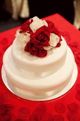 10 Real DIY Wedding Cakes – Inspiring Tales of Amateurs Making Wedding Cakes