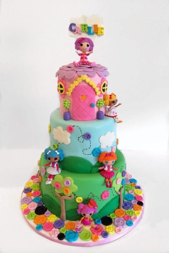 how to put toys on cakes without fondant