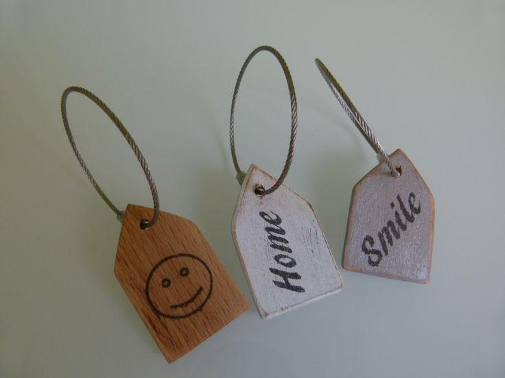 Schlüsselanhänger mit Text Holz von Ideenkaemmerchen auf Etsy