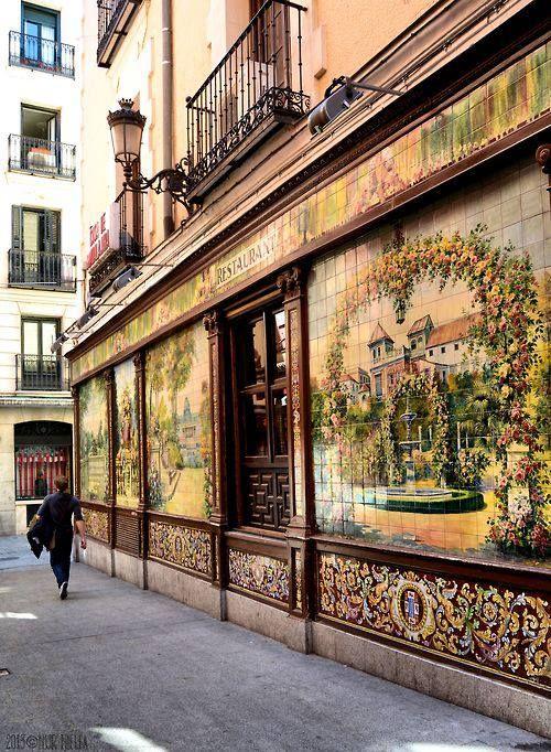 Restaurante Villa Rosa en la calle Alvarez Gato, Madrid