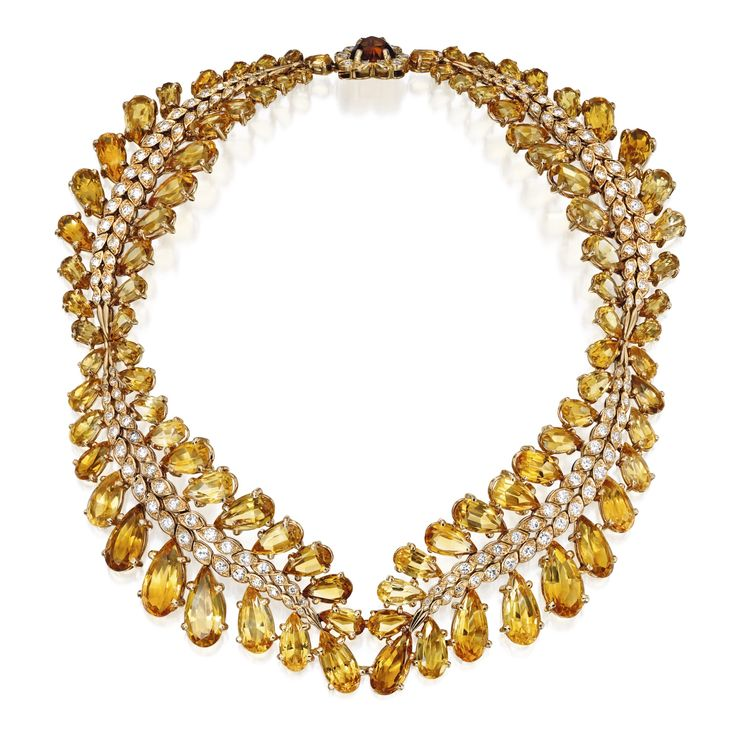 Formerly from the Collection of Queen Narriman of Egypt. 18 Karat Gold, Citrine and Diamond Necklace and Bracelet, Sterlé, Paris